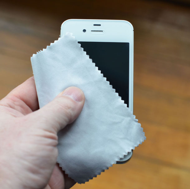 How to clean your iPhone or iPad