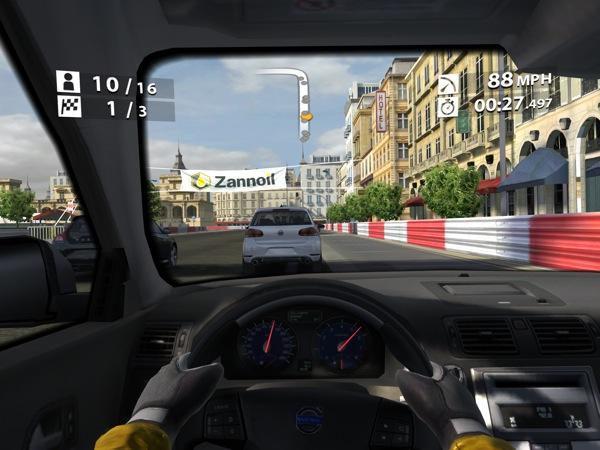 Real Racing 2 HD on new iPad