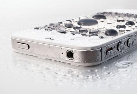 Drop iPhone water