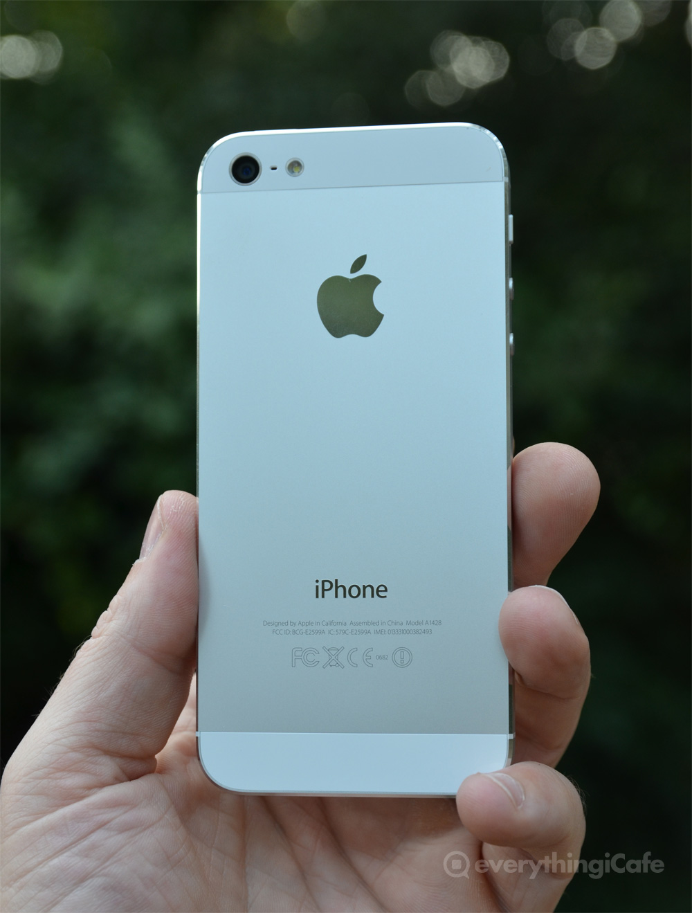 white iPhone 5 back