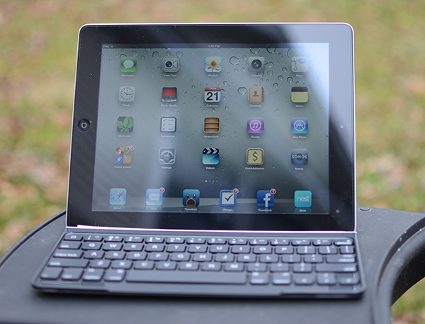 logitech ultrathin keyboard cover review