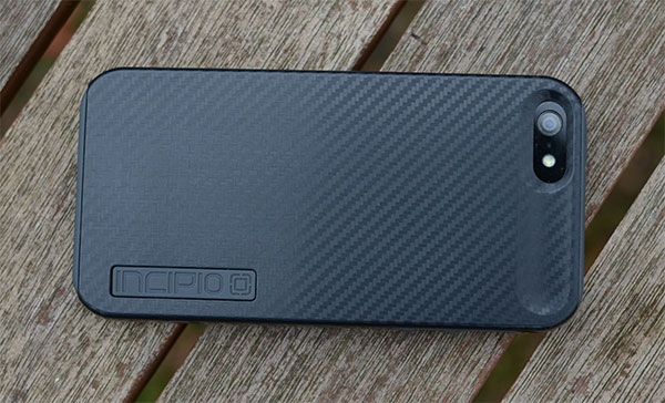 Incipio DualPro Carbon Fiber case review