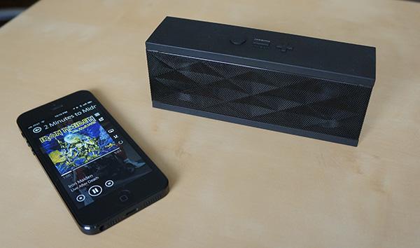 Jambox iPhone accessory