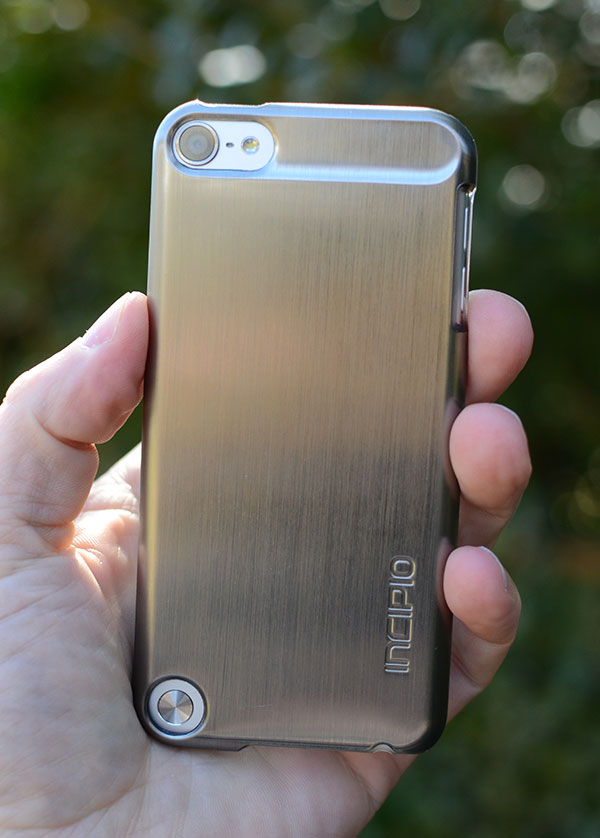 Incipio Feather Shine iPod touch review