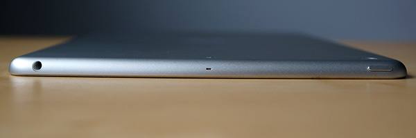 iPad Air top
