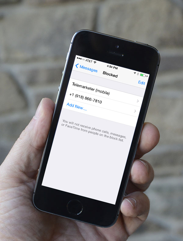 How to block text messages in iOS 8