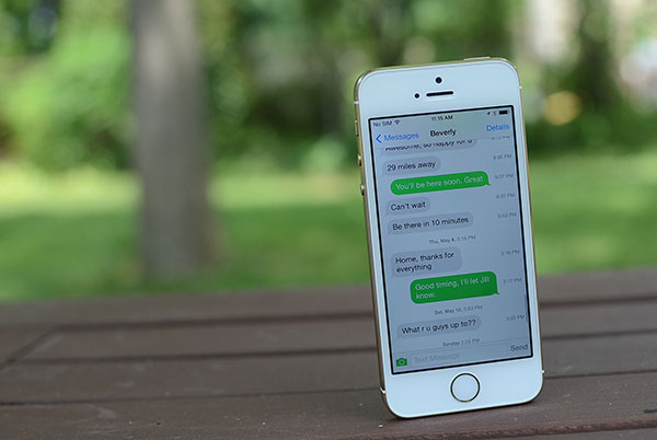 How to view timestamp on iPhone messages