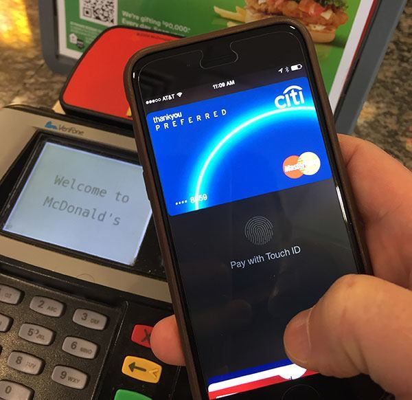 How to add or remove a card from Apple Pay